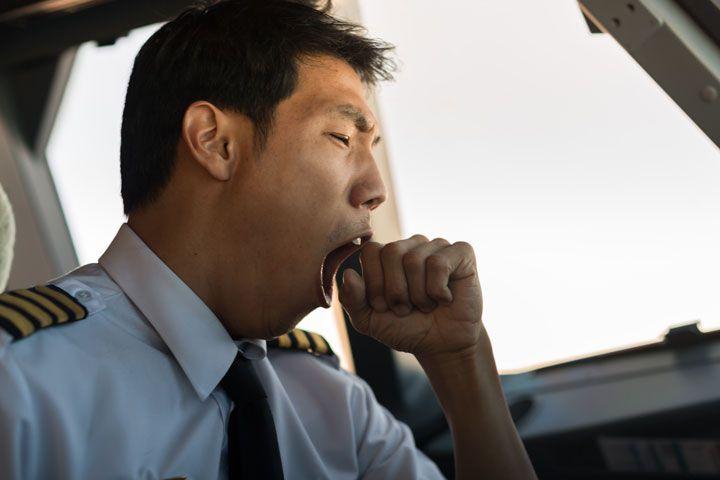 pilot yawn