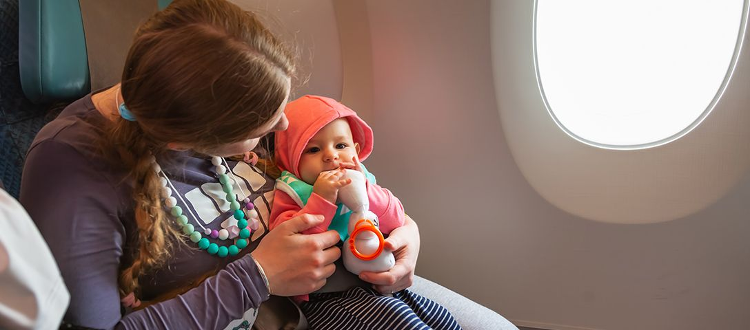 20 Useful Life Hacks When Traveling with Baby on Plane