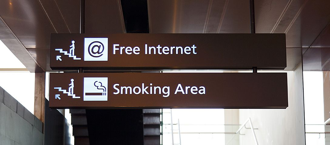 Smoking at Airport: Smoking Areas in the US and Asia